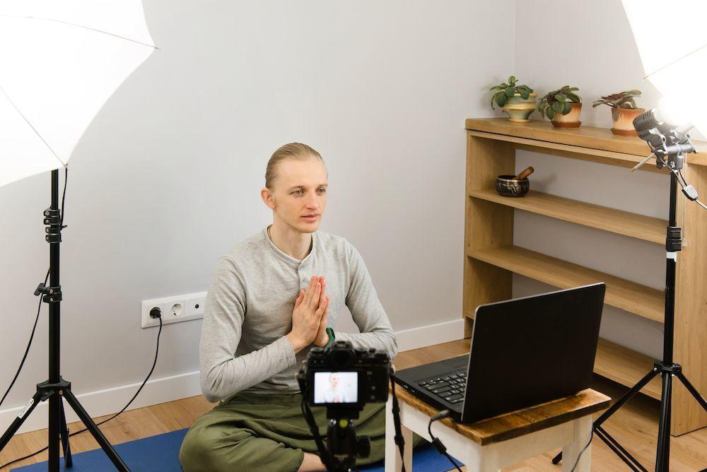 online mindfullness teacher